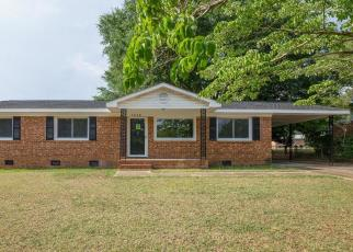 Foreclosed Home in Fayetteville 28314 WAYSIDE RD - Property ID: 4403665775