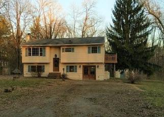 Foreclosed Home in Whitehouse Station 08889 LAKE DR - Property ID: 4403690290