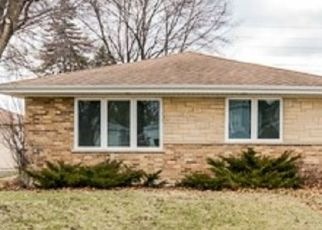 Foreclosed Home in Wood Dale 60191 DALEWOOD AVE - Property ID: 4403711763