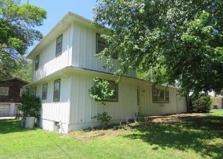 Foreclosed Home in Kansas City 66104 N 59TH TER - Property ID: 4403724909