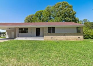 Foreclosed Home in Memphis 38127 CLIFFDALE ST - Property ID: 4403750290
