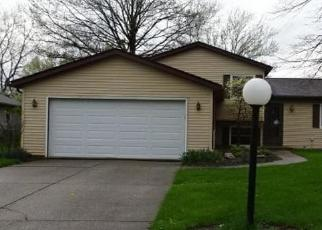 Foreclosed Home in Strongsville 44136 WILMINGTON DR - Property ID: 4403781842