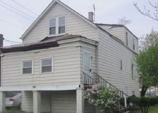 Foreclosed Home in Cicero 60804 S 50TH AVE - Property ID: 4403786658