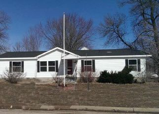 Foreclosed Home in Shawano 54166 W 2ND ST - Property ID: 4403817302