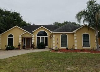 Foreclosed Home in Rockport 78382 HICKORY AVE - Property ID: 4403889124