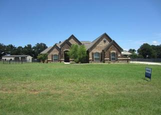 Foreclosed Home in Springtown 76082 MILL CROSSING LN - Property ID: 4403892194
