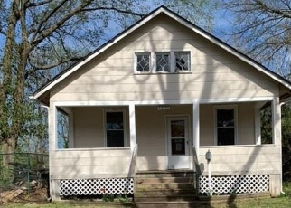 Foreclosed Home in Saint Louis 63114 LYNDHURST AVE - Property ID: 4403961402