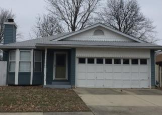 Foreclosed Home in O Fallon 62269 ROYAL OAK CT - Property ID: 4403962272
