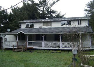 Foreclosed Home in Gold Beach 97444 GRANGE RD - Property ID: 4403993368