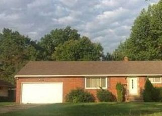 Foreclosed Home in Cleveland 44143 HARRIS RD - Property ID: 4404007388