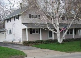 Foreclosed Home in Amherst 44001 ELYRIA AVE - Property ID: 4404013972