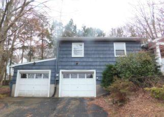 Foreclosed Home in Waterbury 06708 JUNIPER RIDGE DR - Property ID: 4404043749