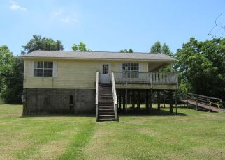 Foreclosed Home in Gulfport 39503 ARTES ST - Property ID: 4404072648
