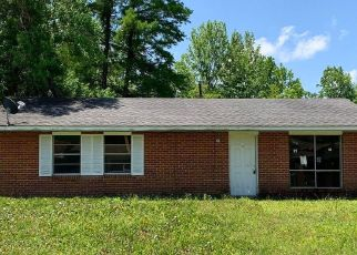 Foreclosed Home in Gulfport 39501 MONTEREY DR - Property ID: 4404076141