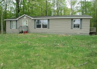 Foreclosed Home in Kingsley 49649 SPARLING RD - Property ID: 4404100229