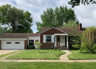 Foreclosed Home in Saint Clair Shores 48080 OCONNOR ST - Property ID: 4404104174