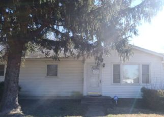 Foreclosed Home in Dover 19904 JERI LN - Property ID: 4404167695