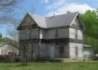 Foreclosed Home in Winfield 67156 SOWARD ST - Property ID: 4404170760