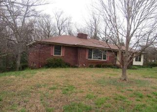 Foreclosed Home in Greenville 29611 OLD EASLEY BRIDGE RD - Property ID: 4404213680
