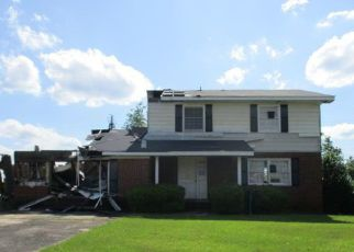 Foreclosed Home in Albany 31705 BETTYS DR - Property ID: 4404222880