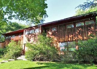 Foreclosed Home in Stamford 06903 RIVERBANK RD - Property ID: 4404254404