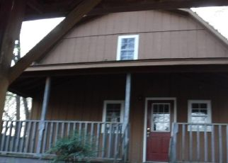 Foreclosed Home in Toccoa 30577 DEFOOR RD - Property ID: 4404355131