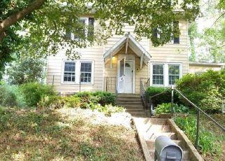 Foreclosed Home in Gwynn Oak 21207 BEACON HILL RD - Property ID: 4404392814