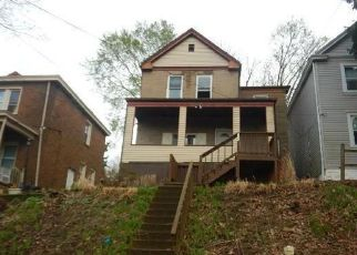 Foreclosed Home in Pittsburgh 15210 CARRICK AVE - Property ID: 4404402891