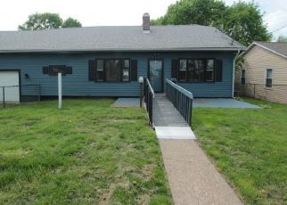 Foreclosed Home in East Liverpool 43920 PICKERING ST - Property ID: 4404413839
