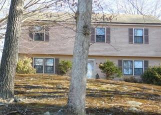Foreclosed Home in Stratford 06614 LEO LN - Property ID: 4404477331