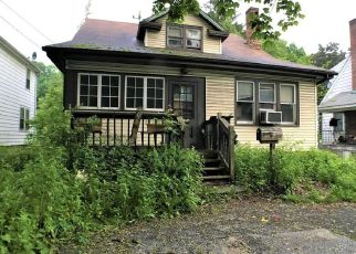 Foreclosed Home in Poughkeepsie 12601 INNIS AVE - Property ID: 4404484340