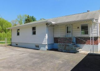 Foreclosed Home in Hopewell Junction 12533 OAK RIDGE RD - Property ID: 4404497935