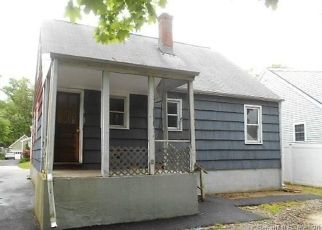 Foreclosed Home in Fairfield 06825 BENNETT ST - Property ID: 4404511947