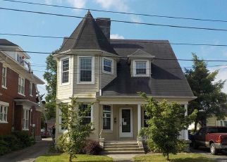 Foreclosed Home in Danville 40422 W LEXINGTON AVE - Property ID: 4404550478