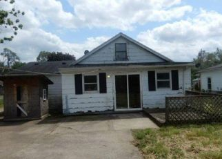 Foreclosed Home in Middletown 45044 STATON ST - Property ID: 4404551350