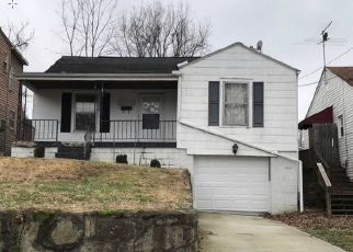 Foreclosed Home in Huntington 25705 GREEN OAK DR - Property ID: 4404552224