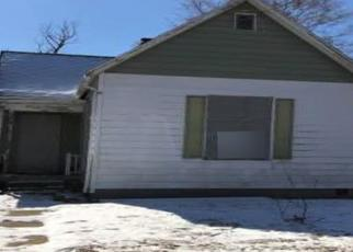 Foreclosed Home in Terre Haute 47807 2ND AVE - Property ID: 4404554867