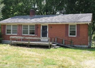 Foreclosed Home in Munfordville 42765 MAIN ST - Property ID: 4404564940
