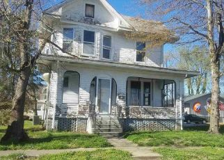 Foreclosed Home in Lawrenceville 62439 LEXINGTON AVE - Property ID: 4404566236
