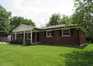Foreclosed Home in Lexington 40505 LISA DR - Property ID: 4404571954