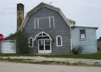 Foreclosed Home in Sturgeon Bay 54235 TOWNLINE RD - Property ID: 4404599982