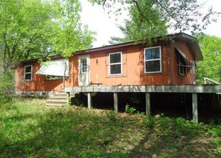 Foreclosed Home in Oxford 53952 1ST AVE - Property ID: 4404602148