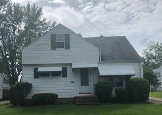 Foreclosed Home in Bedford 44146 FLORA DR - Property ID: 4404728287
