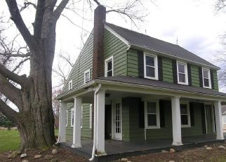 Foreclosed Home in North Ridgeville 44039 BUTTERNUT RIDGE RD - Property ID: 4404737493