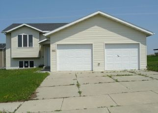 Foreclosed Home in Mandan 58554 IMPALA CT NW - Property ID: 4404742754