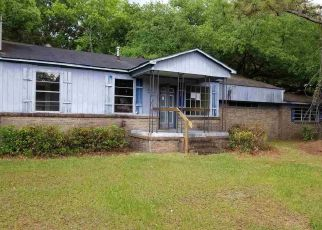 Foreclosed Home in Mobile 36611 IROQUOIS ST - Property ID: 4404760264