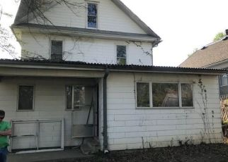 Foreclosed Home in Saint Joseph 64505 N 2ND ST - Property ID: 4404772532