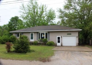 Foreclosed Home in Muskegon 49444 STAR AVE - Property ID: 4404814574