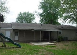 Foreclosed Home in Thayer 66776 W MONTGOMERY ST - Property ID: 4404894282