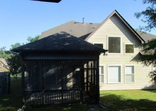 Foreclosed Home in Leeds 35094 CROMER CIR - Property ID: 4404899993
